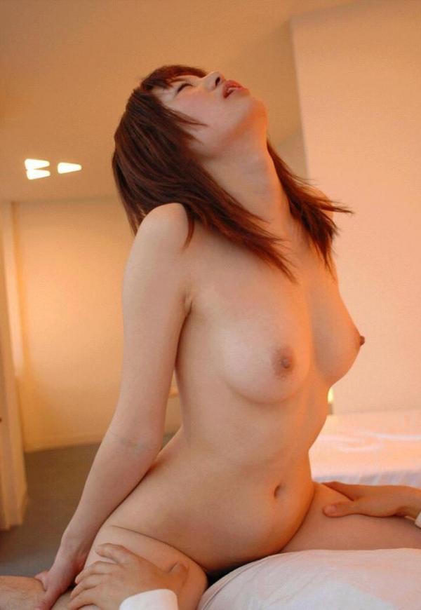 エビ反り騎乗位セックス画像-32