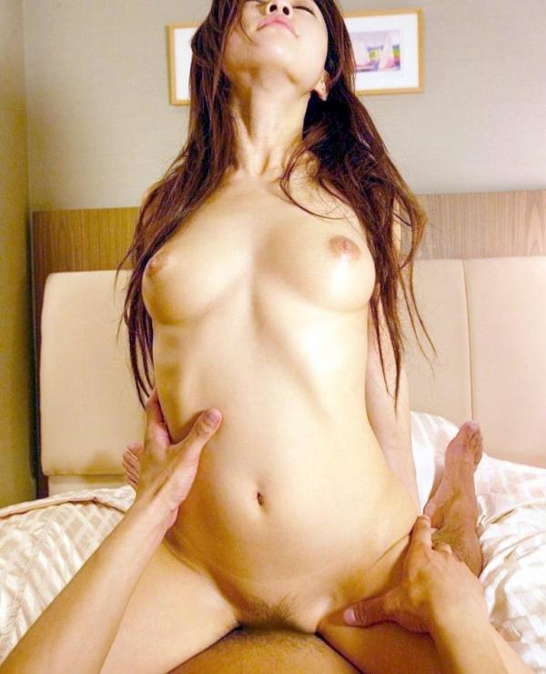 エビ反り騎乗位セックス画像-33
