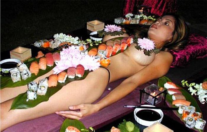 女体盛り画像 22