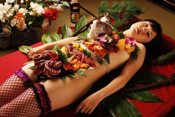 女体盛り画像