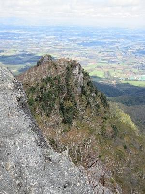 剣山山頂より三の森岩場