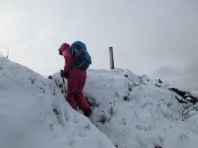 摩周岳登山道頂上直下