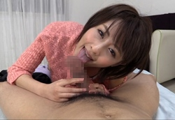 【夏目優希】チンポをハーモニカのようにフェラする美女2