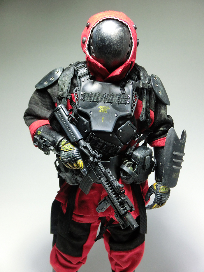 mercenary2_01.jpg