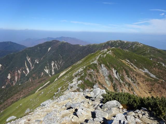 10月24日 あとは稜線歩き