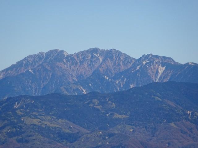 11月1日 左,空木岳.真ん中,南駒ケ岳.