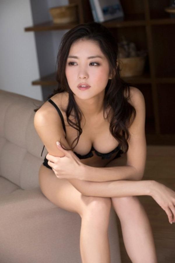 石川恋 ヌード2