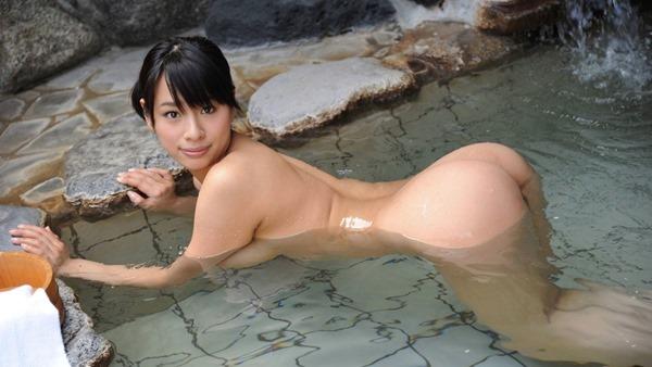 温泉 ヌード3