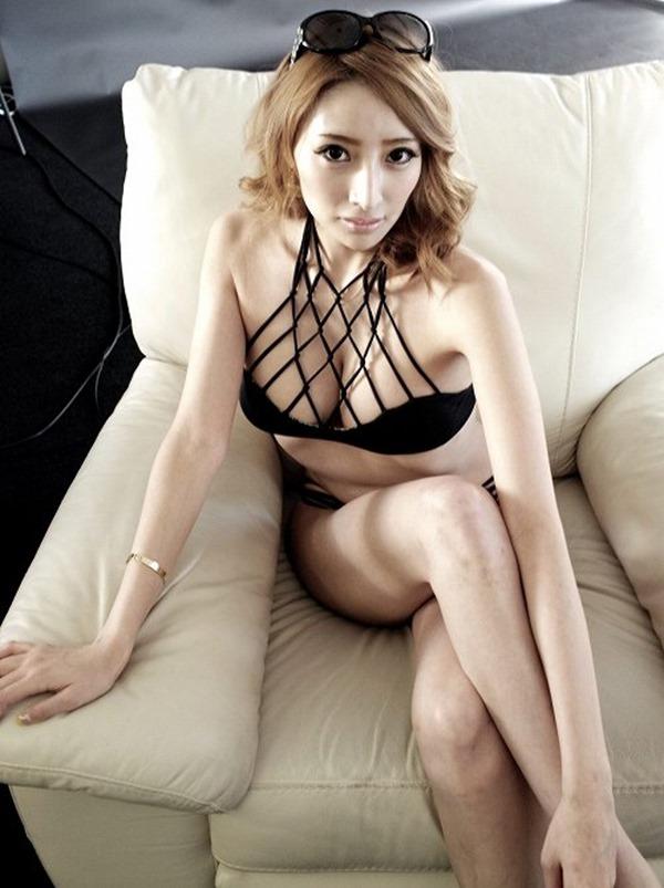 狩野の元彼女タレントの加藤紗里の100㎝巨乳エロ画像10