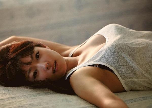 深田恭子の体がエロすぎる写真集画像12