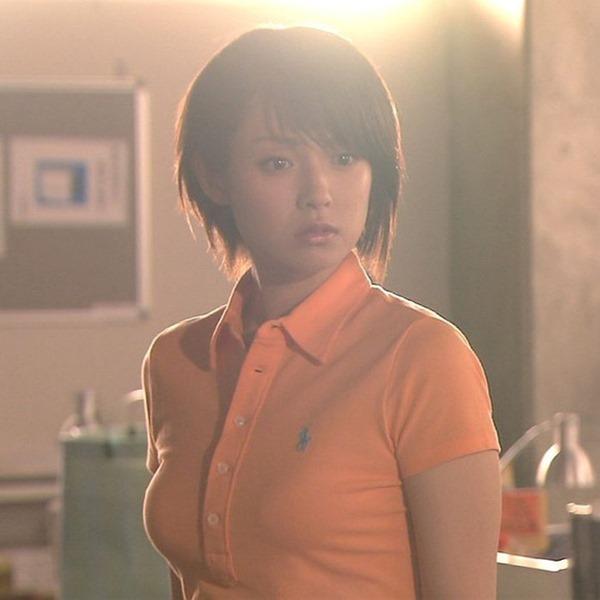 深田恭子の体がエロすぎる写真集画像2