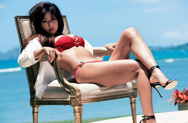 深田恭子の体がエロすぎる写真集画像3