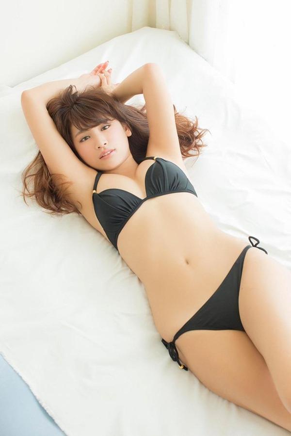 久松郁実のムッチムチ健康的エロ画像5