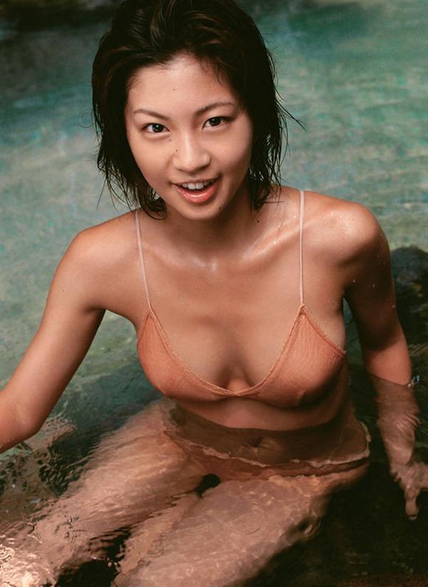 安田美沙子の美乳画像7