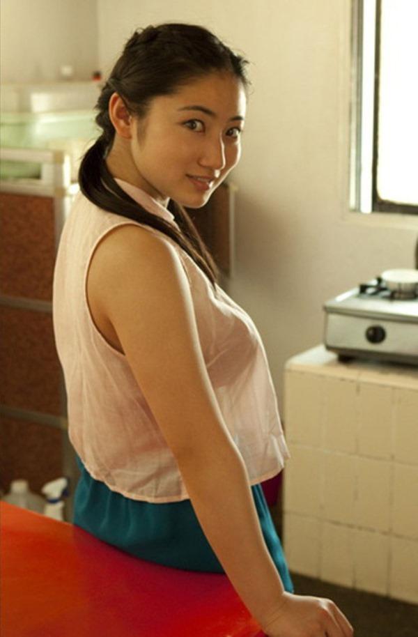 紗綾のみえてはいけないものエロ画像GIF6