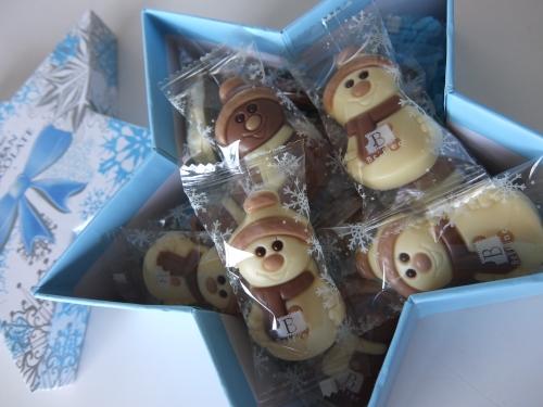 コストコ  スノーマン チョコレートアソート 1,498円也