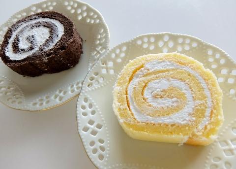 コストコ 米粉のスイスロール 998円也 チーズケーキ 新商品