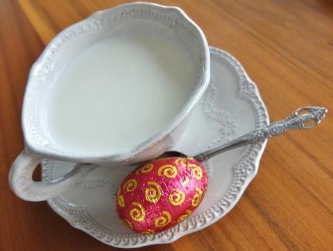 コストコ  ミルク チョコレート イースターエッグ 1,468円也 新商品