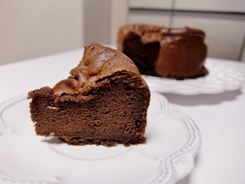 コストコ ハーシー チョコレートシロップ623g 878円也 ガトーショコラ
