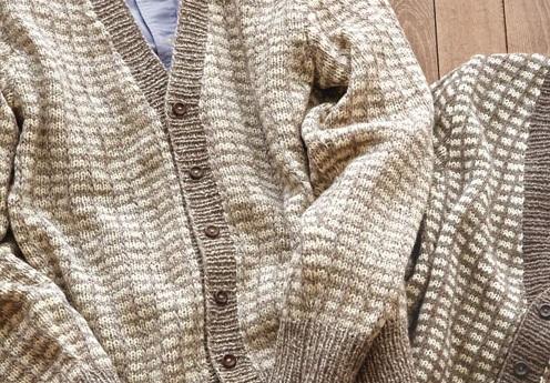 無料編み図メンズ棒針編み毛糸フォワールメンズカーディガン格子柄