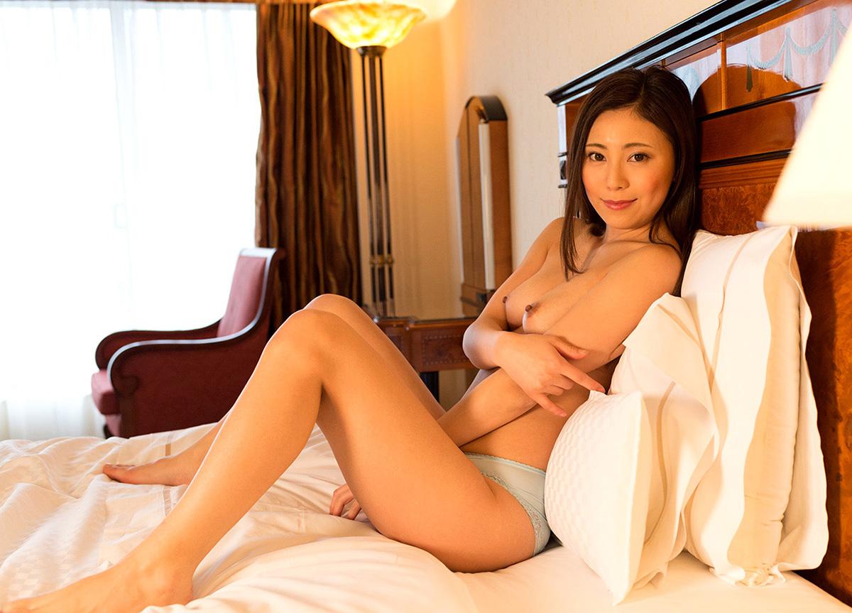 【No.30770】 Nude / 仁美まどか