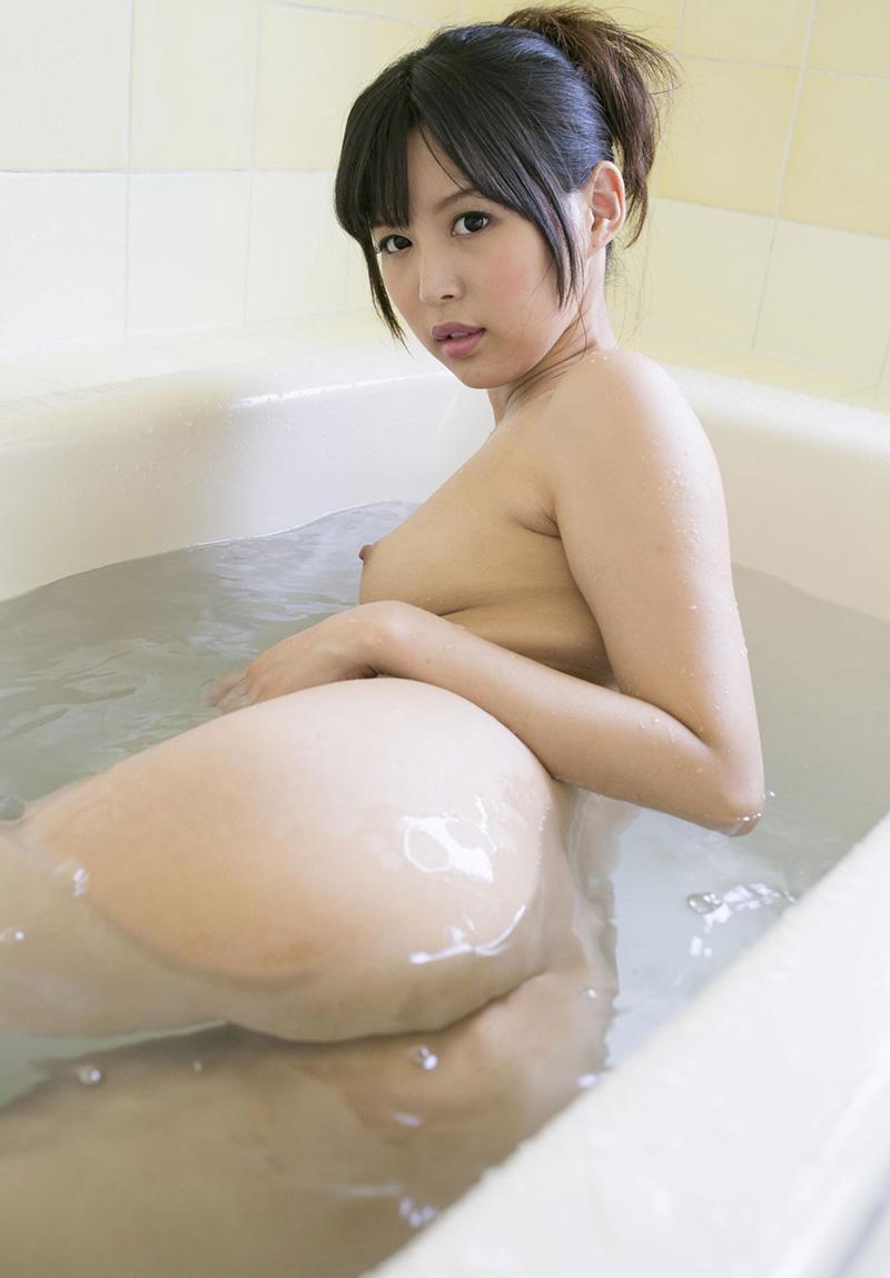 【No.31690】 入浴 / 葵つかさ