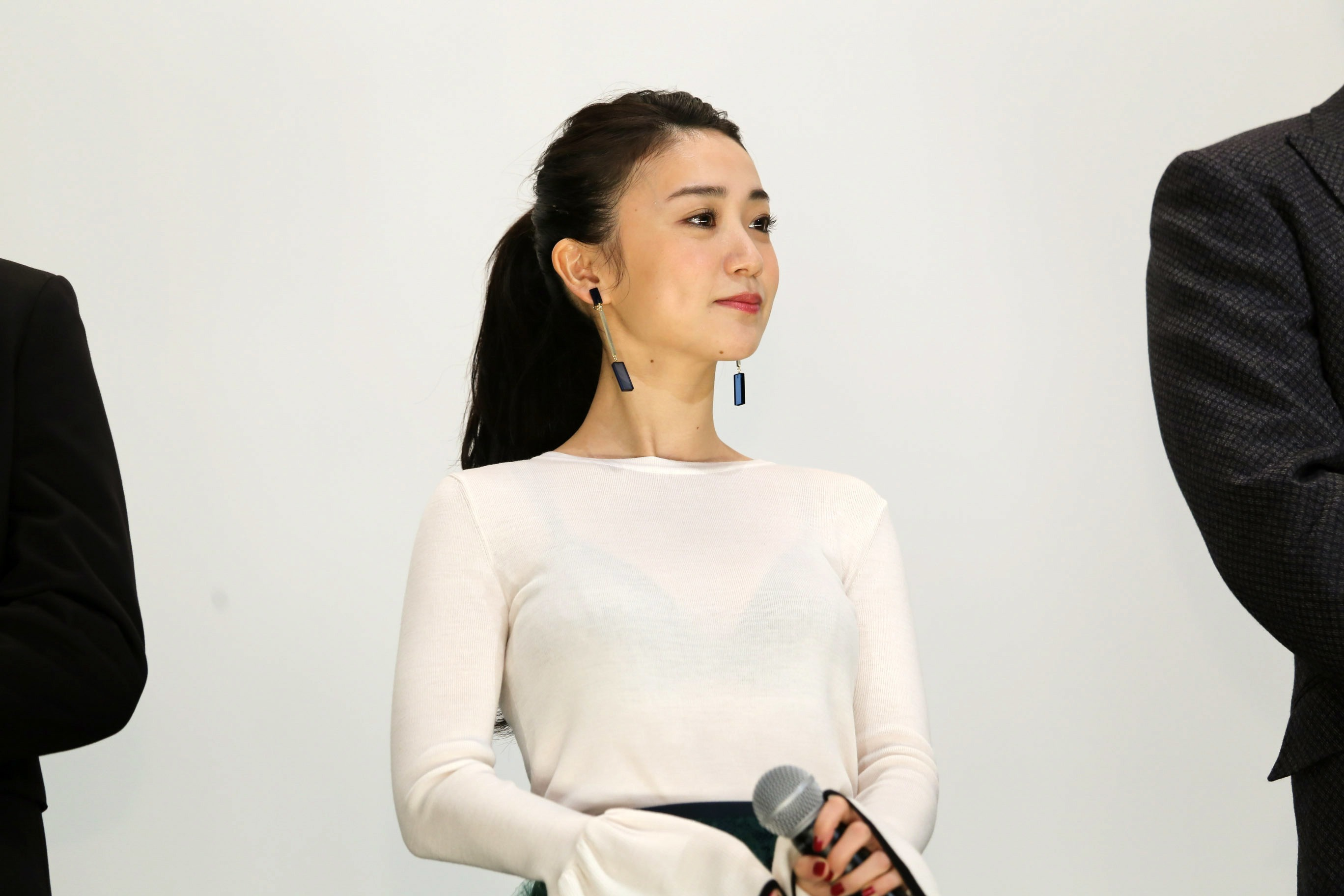 大島優子 ブラ透け4