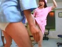 女医とナースが交互に金蹴りフルスイングで荒治療するクリニック