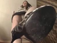 【主観】ピンヒール女性にヒールとパンスト足裏で顔を弄られる(pornhub)