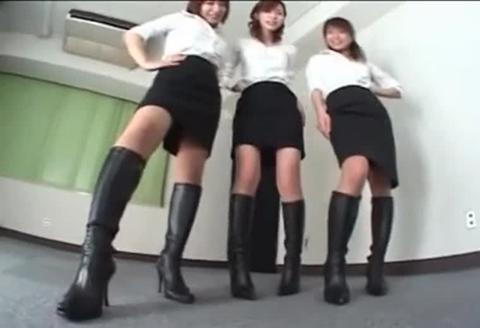 ドS黒ブーツ 金蹴りM男リンチ!slavestube 直リンク