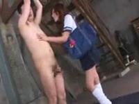 セーラー服のギャル痴女に乳首責めされて勃起する吊るされたM男