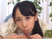 宇佐美まい 笑顔で肉棒をフェラして飛び散ったザーメンを口で吸い取ってごっくんしちゃう美少女!