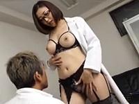 【水野朝陽】色気満載でグラマスな女医が独自の妊娠治療を自らのマ○コを使って実施する