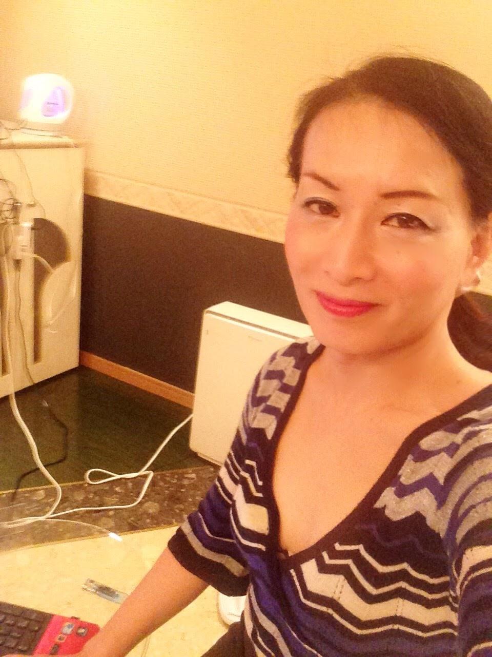 熟女NHヘルス孃マダム舞の袖振り合うも他生の縁|日曜日の朝は・・・・・って、特にいつもと変わらず・・・・ラブホにて朝風呂入って、ブログを書いたり・・・・