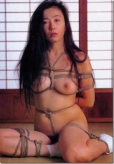 【緊縛股縄画像40枚】おまえの股に食い込む縄になりたい!18