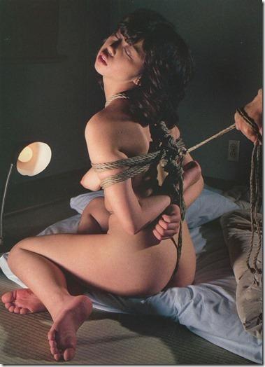 昭和浪漫風;母に内緒で調教された制服娘のSMエロ動画像02