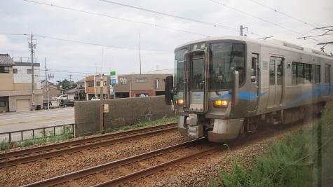 あいの風とやま鉄道 521系 電車