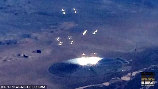 エリア51付近にUFOが出現…航空機から目撃した男性「銀色だった。さらに明るく輝く球体を形成した」