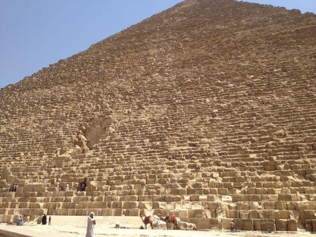 エジプトのピラミッドに「未知の空間」を発見…最大で6度、周囲と温度が異なる場所が存在