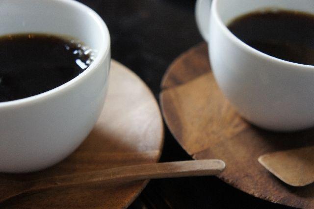 ブラックコーヒーでも飲み過ぎると太る?ネット上で噂される説