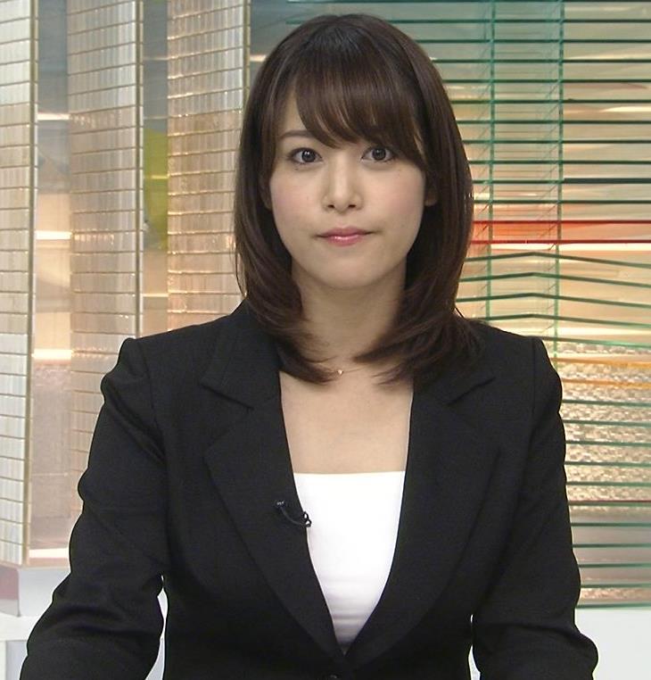 鷲見玲奈 メガネなし、スーツ姿がまた美人キャプ画像(エロ・アイコラ画像)