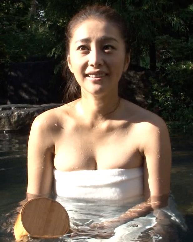 熊切あさ美 入浴画像2