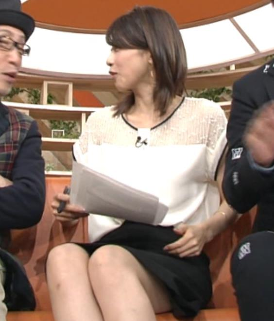 加藤綾子 太ももが見えた!!透け透け衣装も!キャプ画像(エロ・アイコラ画像)