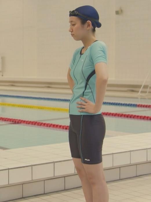 吉岡里帆 ドラマでの水着の下半身がエロい。このドラマはDr.HOUSEパクリだな。キャプ画像(エロ・アイコラ画像)
