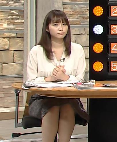 久冨慶子 細すぎずちょうどいい太さの脚キャプ画像(エロ・アイコラ画像)