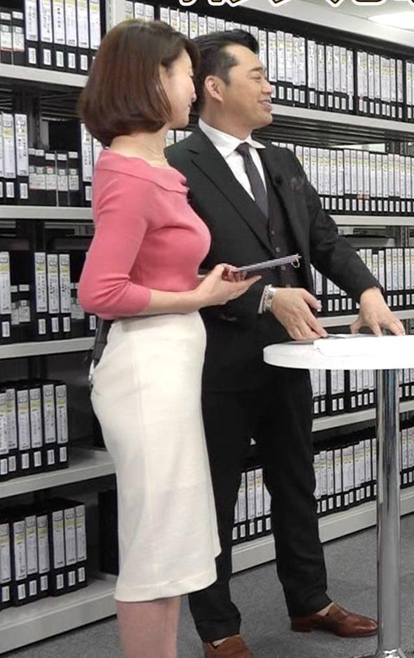 秋元玲奈 巨乳の横乳がエロすぎキャプ画像(エロ・アイコラ画像)