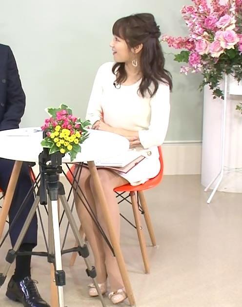 長野美郷 久しぶりにミニスカ美脚見せてくれたキャプ画像(エロ・アイコラ画像)